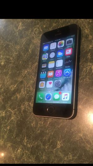 iPhone 5s 16gb factory unlocked 65 for Sale in Chicago, IL
