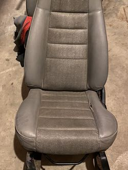 Jeep Seats for Sale in Grayslake,  IL