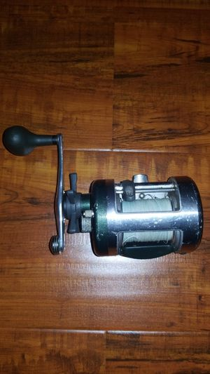 Fishing reel for Sale in West Sacramento, CA