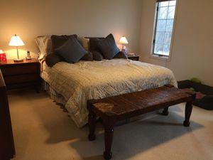 Bedroom Set -7 piece queen for Sale in HOFFMAN EST, IL