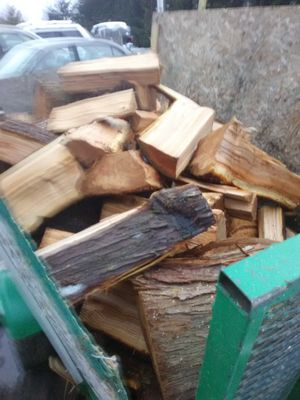 Maple firewood delivery for Sale in Everett, WA