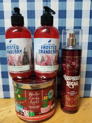 BATH AND BODY WORKS- CHRISTMAS PRODUCTS for Sale in Stanton, CA