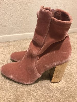 ALDO boots size 7, new - salmon colored with gold heels!! for Sale in Bellevue, WA