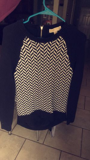 Michael kors shirt!! for Sale in Helotes, TX