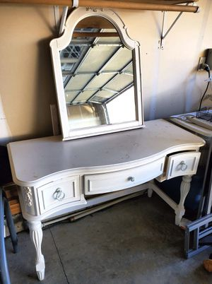 WHITE WOOD VANITY for Sale in Sherwood, OR