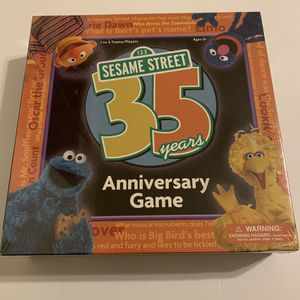 Sesame Street 35 Years Anniversary Game - 2004 Trivia Cards Board Game for Sale in Katy, TX