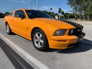 2009 Ford Mustang for Sale in Hialeah, FL