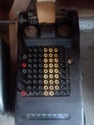 Antique adding machine for Sale in Brook Park, OH