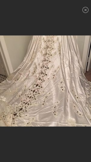 Size 6 Mori Lee wedding dress for Sale in Glen Burnie, MD
