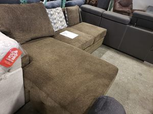 New sectional sofa chaise tax included delivery available for Sale in Hayward, CA