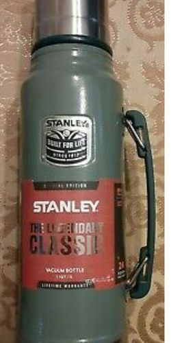 Stanley Classic Special Edition Hot Or Cold Vacuum SealedThermos for Sale in Everett,  WA