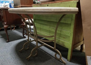 Nice Large Entryway Table / Hall Table - Delivery Available for Sale in Midland, MI
