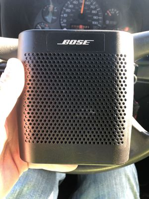 Bose Bluetooth speaker! This thing is amazing for Sale in Columbus, OH