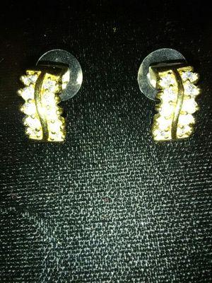 Gold diamond earrings for Sale in Columbus, GA