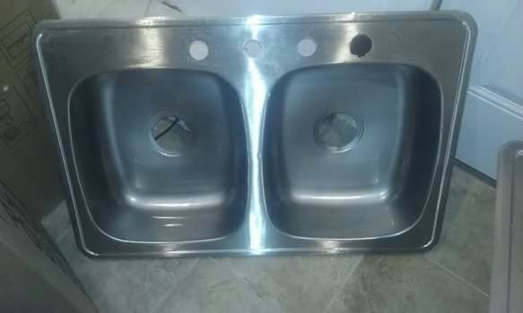 Sink doble used
