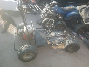 Go kart with a honda gx160 runs needs puller for Sale in Victorville, CA