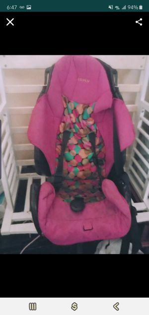 GIRLS CARSEAT for Sale in San Antonio, TX