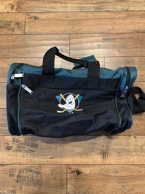 Vintage Anaheim Ducks duffle bag for Sale in Azusa, CA
