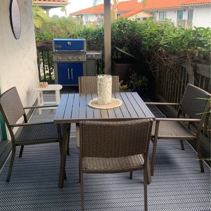 Outdoor Table And 4 Chairs for Sale in Encinitas, CA