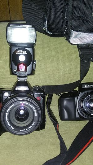 Fuji film & Canon Eos 700 camera with Canon camera bag for Sale in Rural Hall, NC