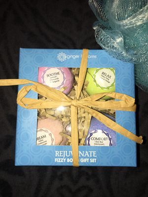 Fizzy Bomb Gift Set for Sale in Moline, IL