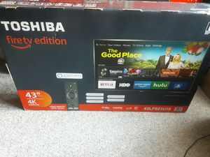 43 inch 4k smart tv for Sale in Hartford, CT