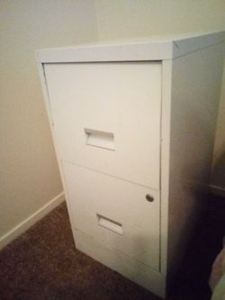 2 Drawer file Cabinet with hanging folders for Sale in San Angelo,  TX