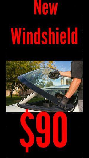 Broken windshield for Sale in Phoenix, AZ