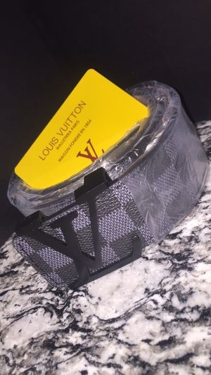 Louis Vuitton for Sale in Pflugerville, TX