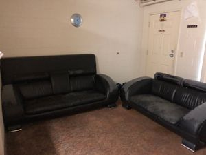 Couch and loveseat for Sale in Portland, OR