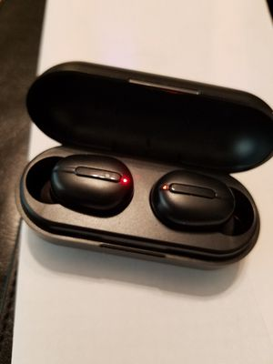 Wireless ear buds headphones bluetooth brand new for Sale in Portland, OR