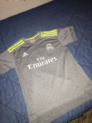 Real Madrid 2015/16 Jersey for Sale in Lorton, VA