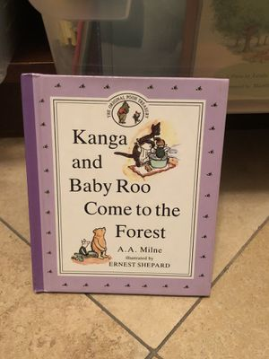 Vintage Disney Winnie the Pooh 1990 - the original Pooh treasury - Kanga and Baby Roo come to the forest classic children's book ! When Pooh meets Ro for Sale in Phoenix, AZ