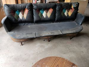 Barrel couch with table for Sale in Washington, PA
