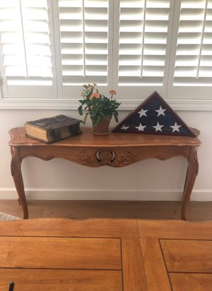 """Ethan Allen """"Legacy"""" French Country Maple Console Table for Sale in Phoenix, AZ"""
