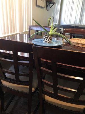 Great kitchen table! for Sale in Escondido, CA