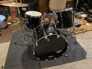 Tama Rockstar Drum Set Kit w/ Zildjian Cymbal for Sale in Vancouver, WA