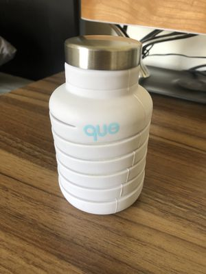 QUE water bottle for Sale in Hawthorne, CA