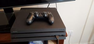 Ps4 pro with games for Sale in Coral Gables, FL