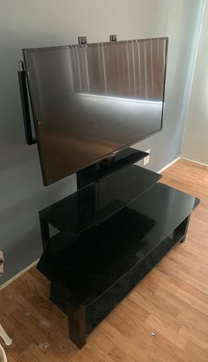 40' inch Westinghouse with black tempered glass TV stand for Sale in Los Angeles, CA