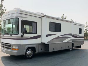 2000 Fleetwood Flair Motorhome for Sale in Mentone, CA