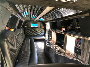 Luxury Limousine rides Northwest Indiana and Chicagoland for Sale in Chicago, IL