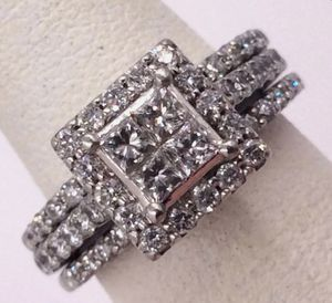 14k White Gold 1.75 carat Diamond Halo Illusion Engagement Wedding Band Set for Sale in West Los Angeles, CA