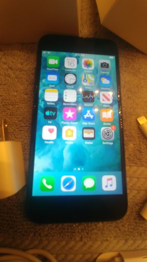 iPhone7 32gb black new for Sale in Fort Pierce, FL