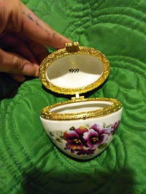 Jewelry holder for Sale in Marietta, GA