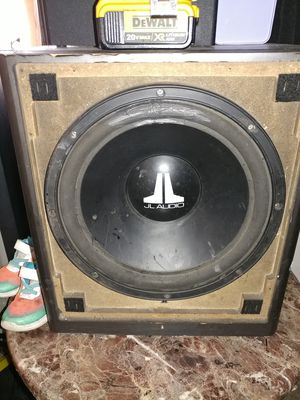 JL studio home speaker. Works great.. Have no use for it.. And takes up to much room for Sale in Oretech, OR