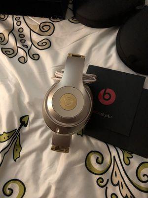 Beats studio headphones,not wireless for Sale in Alexandria, VA