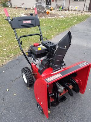 """Excellent Condition Craftsman 24"""" Two Stage Snowblower with Electric Start for Sale in Wheaton, IL"""