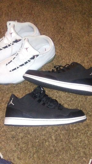 Differnt shoes, boots and tennis. Michael jordans, vans, dovar and more. for Sale in Fort Worth, TX