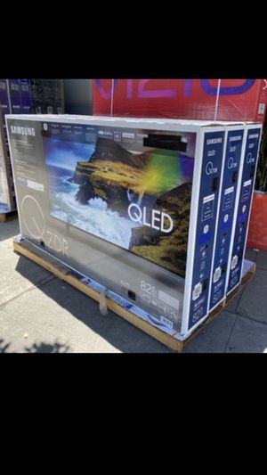 Samsung 82 inch Q7 4K smart TV with Warranty Qn82q7dr for Sale in Huntington Park, CA